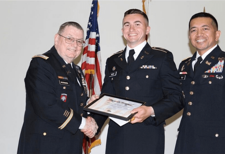 2LT Meier accepting award